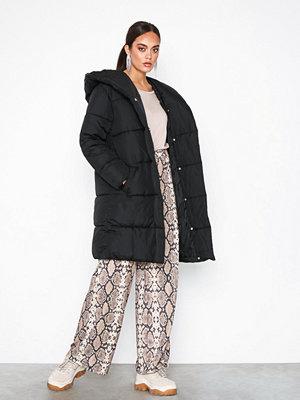 River Island Longline Shawl Puffer Jacket Black