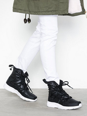 Nike Nsw Wmns Nike Tanjun High Rise Svart/Vit