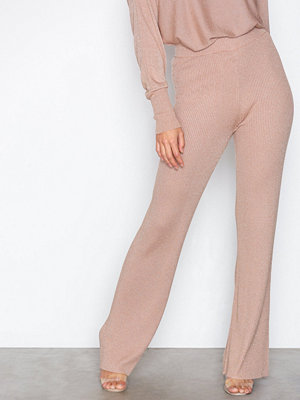 NLY Trend persikofärgade byxor Lurex Knit Pants