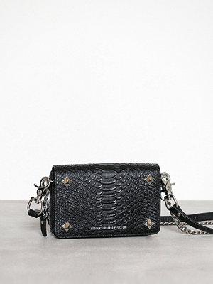 Stolen Girlfriends Club svart axelväska Ninja Star Box Bag