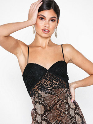 NLY Trend Lace Bustier Top Svart