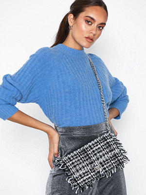 Handväskor - Missguided Boucle Chain Strap Shoulder Bag Monochrome