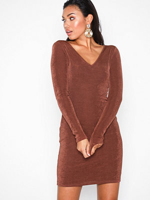 NLY Trend Flirty Glam Dress