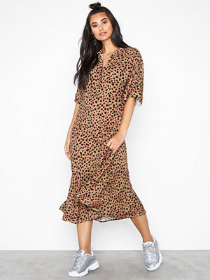 NORR Lilo dress Camel