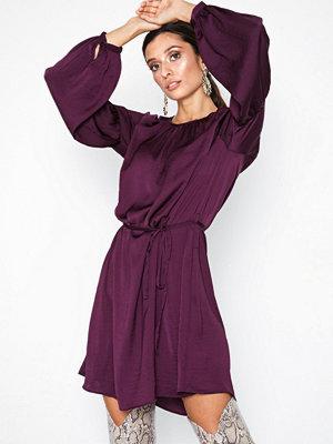 Jacqueline de Yong Jdygry L/S Dress Wvn Mörk Lila
