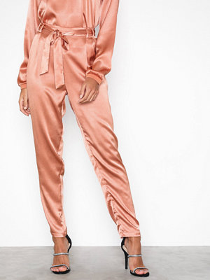 Pieces persikofärgade byxor Pclaura Hw Ank Pants Rosa
