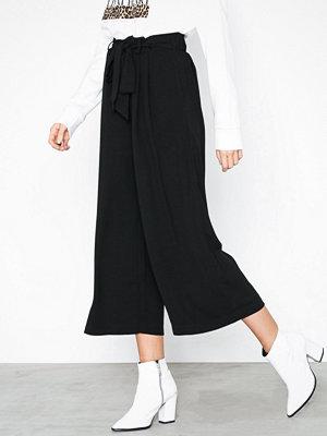 Vero Moda svarta byxor Vmhudson H/W Culotte Pants SB1