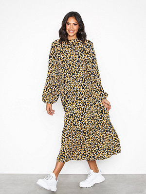 MOSS Copenhagen Kitta Miram Dress Flowers