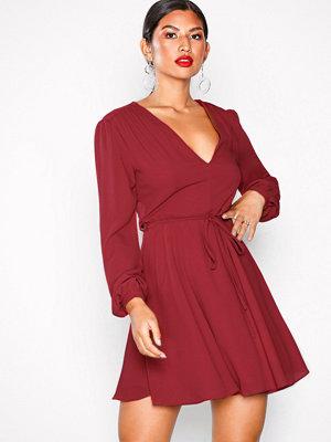 Glamorous Long Sleeve Flounce Dress Burgundy