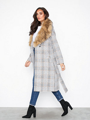 River Island Mongolian Fur Check Robe Cream