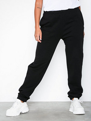 NLY Trend svarta byxor Cozy Sweat Pants Svart