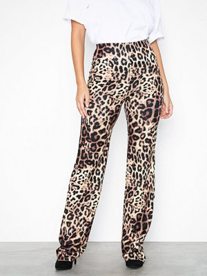 NLY One mönstrade byxor Crepe Print Pant Leopard