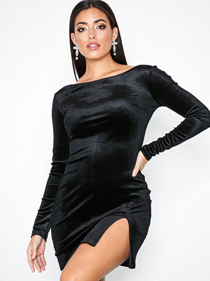NLY One Split Velvet Dress Svart
