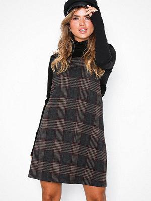 NLY Trend Check Dress Rutig