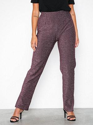 NLY Trend omönstrade byxor Lurex Slit Pants