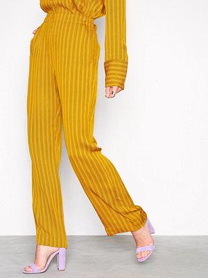 Samsøe & Samsøe gula randiga byxor Imogen pants aop 8325 Flerfärgad