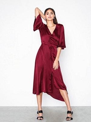 Ax Paris Wide Waisted V-neck Dress