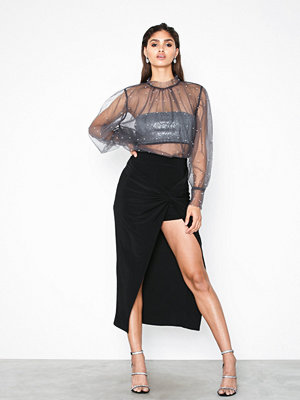 NLY Trend Wrap Over Skirt Svart