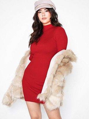 Missguided High Neck Knitted Mini Dress Red