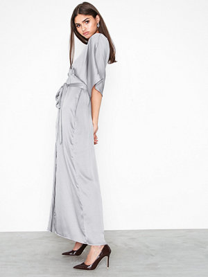 Glamorous Short Sleeve Maxi Dress