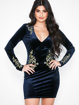 NLY One Goddess Velvet Dress Navy