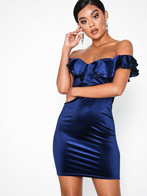 NLY One Frill Neck Velvet Dress