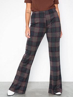NLY Trend rutiga byxor Check Show Pants