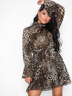 Missguided High Neck Waist Leopard Dress Brown