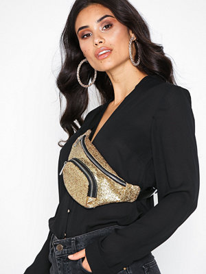 NLY Accessories omönstrad axelväska Glam Fanny Pack