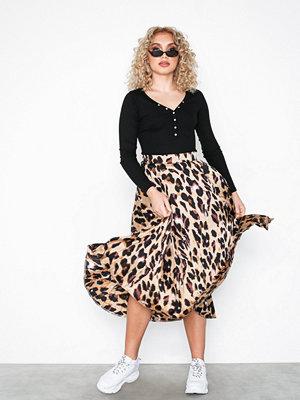 New Look Leopard Print Satin Midi Skirt