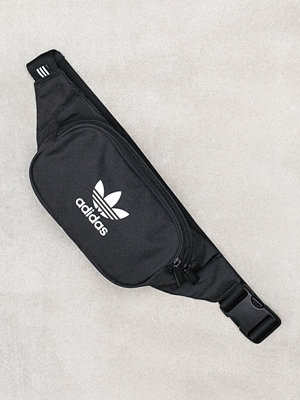 Adidas Originals svart väska ESSENTIAL CBODY