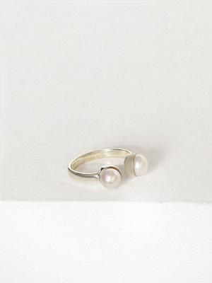 Cornelia Webb Pearled Open Ring Xs Silver