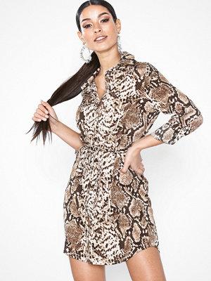 Festklänningar - Parisian Snake Belted Shirt Mini Dress