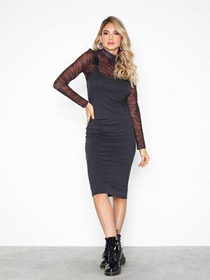 Noisy May Nmmilda S/L Buckle Dress 8