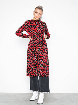 Sisters Point Nag Dress Black/Red