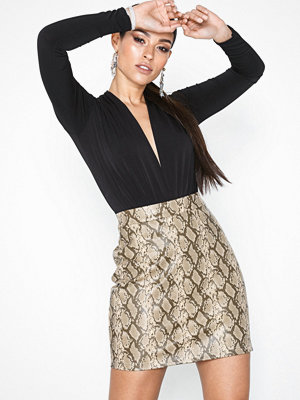 Noisy May Nmallan Snake Nw Pu Skirt X