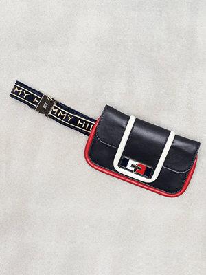 Tommy Hilfiger omönstrad axelväska Fancy Th Leather Belt Bag Svart