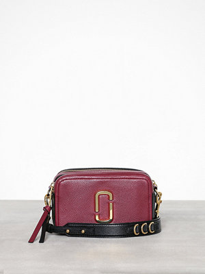 Marc Jacobs vinröd axelväska The 21 Burgundy