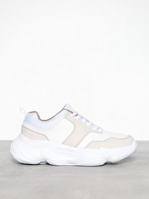 Missguided Extreme Sole Trainer
