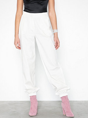 NLY Trend vita byxor Perfect Cargo Pants