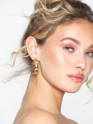 Pieces örhängen Pcjytta Earrings D2D Guld