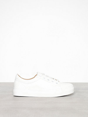 Sneakers & streetskor - Missguided Faux Leather Flatform Trainer White