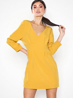 NLY Eve Pintuck Waist Dress