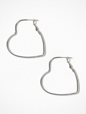 Pieces örhängen Pcsille Heart Hoop Earrings Silver