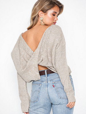 NLY Trend Twisted Back Knit