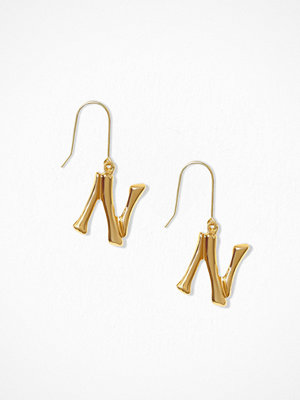 NLY Accessories örhängen Bamboo Letter Earrings N