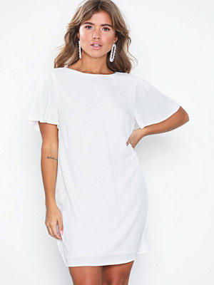 NLY Eve Frill Puff Sleeve Dress