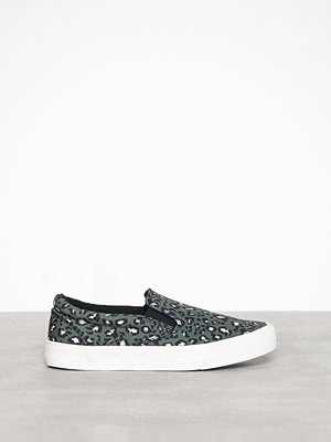 New Look Leopard Canvas Slip On Trainers
