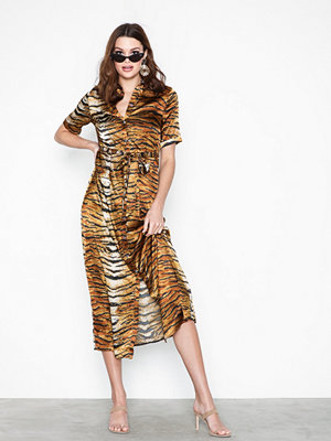 Missguided Tiger Print Skater Dress