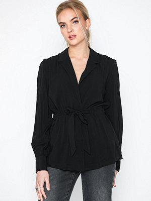 Skjortor - NLY Trend Tie Suit Blouse